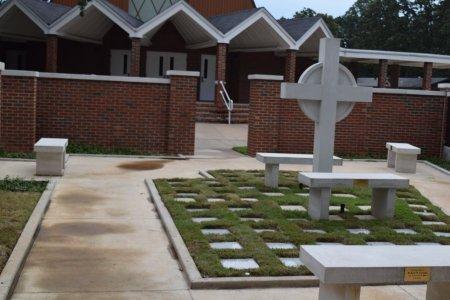 *LAKEWOOD UMC COLUMBERIUM, NLR - Pulaski County, Arkansas | NLR *LAKEWOOD UMC COLUMBERIUM - Arkansas Gravestone Photos