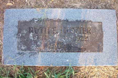 HUNTER, RUTH E - Scott County, Arkansas | RUTH E HUNTER - Arkansas Gravestone Photos