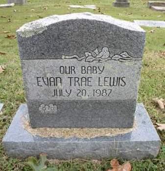 LEWIS, EVAN TRAE - Sebastian County, Arkansas | EVAN TRAE LEWIS - Arkansas Gravestone Photos