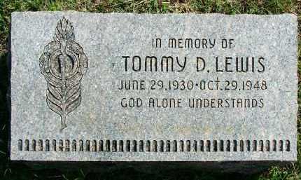 LEWIS, TOMMY D - Sebastian County, Arkansas   TOMMY D LEWIS - Arkansas Gravestone Photos