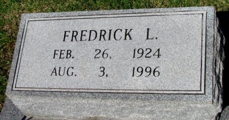 MOORE, FREDRICK L. (CLOSE UP) - St. Francis County, Arkansas | FREDRICK L. (CLOSE UP) MOORE - Arkansas Gravestone Photos