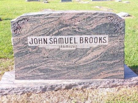 BROOKS, MEMORIAL - Union County, Arkansas   MEMORIAL BROOKS - Arkansas Gravestone Photos