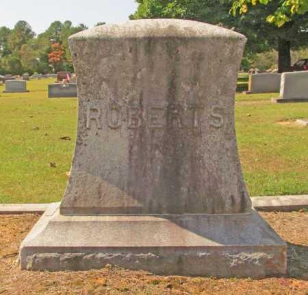 ROBERTS, FAMILY PLOT - Washington County, Arkansas | FAMILY PLOT ROBERTS - Arkansas Gravestone Photos