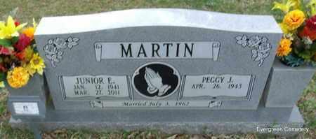 MARTIN, JUNIOR E - White County, Arkansas   JUNIOR E MARTIN - Arkansas Gravestone Photos