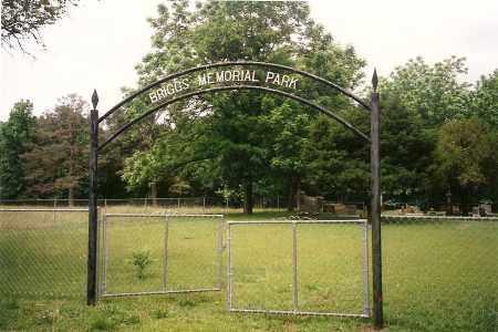 *BRIGGS MEMORIAL PARK GATE,  - Yell County, Arkansas    *BRIGGS MEMORIAL PARK GATE - Arkansas Gravestone Photos