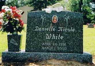 WHITE, DANIELLE NICOLE - Arkansas County, Arkansas | DANIELLE NICOLE WHITE - Arkansas Gravestone Photos