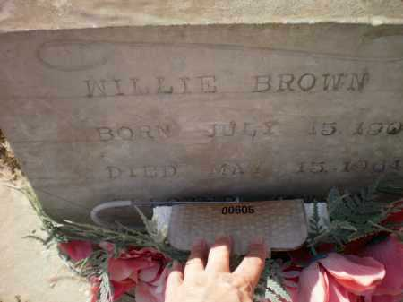 BROWN, WILLIE (CLOSE UP) - Ashley County, Arkansas | WILLIE (CLOSE UP) BROWN - Arkansas Gravestone Photos
