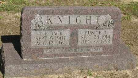 KNIGHT, T. E. - Ashley County, Arkansas | T. E. KNIGHT - Arkansas Gravestone Photos