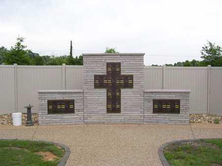 *, ST. ANDREWS EPISCOPAL CHURCH COLUMBARIUM - Baxter County, Arkansas   ST. ANDREWS EPISCOPAL CHURCH COLUMBARIUM * - Arkansas Gravestone Photos