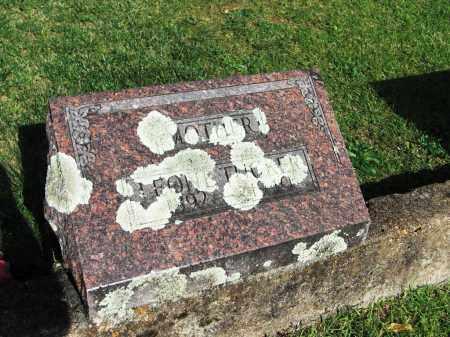TUCKER, LEONE - Baxter County, Arkansas   LEONE TUCKER - Arkansas Gravestone Photos