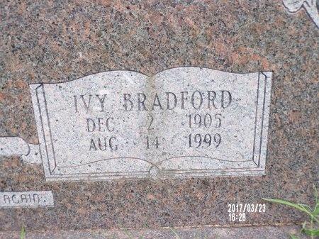 HAMAKER, IVY (CLOSE UP) - Bradley County, Arkansas   IVY (CLOSE UP) HAMAKER - Arkansas Gravestone Photos