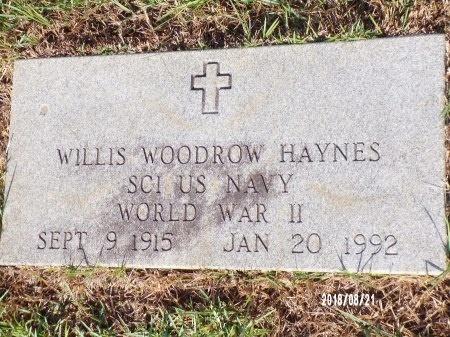 HAYNES (VETERAN WWII), WILLIS WOODROW  - Bradley County, Arkansas | WILLIS WOODROW  HAYNES (VETERAN WWII) - Arkansas Gravestone Photos