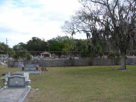 *OVERVIEW OF ENTRANCE, FROM WOODLAWN - Hillsborough County, Florida   FROM WOODLAWN *OVERVIEW OF ENTRANCE - Florida Gravestone Photos