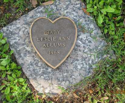 ALLUMS, LESLIE ANN - Manatee County, Florida   LESLIE ANN ALLUMS - Florida Gravestone Photos