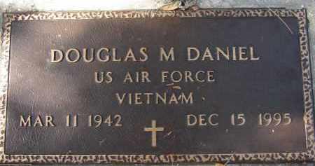 DANIEL (VETERAN VIET), DOUGLAS M. - Sarasota County, Florida | DOUGLAS M. DANIEL (VETERAN VIET) - Florida Gravestone Photos