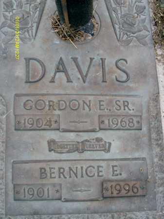 DAVIS, BERNICE  E. - Sarasota County, Florida | BERNICE  E. DAVIS - Florida Gravestone Photos
