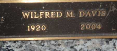 DAVIS, WILFRED M - Sarasota County, Florida | WILFRED M DAVIS - Florida Gravestone Photos