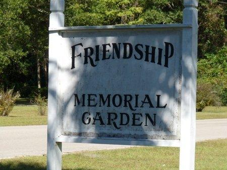 *FRIENDSHIP MEMORIAL, GARDEN CEMETERY - Wakulla County, Florida | GARDEN CEMETERY *FRIENDSHIP MEMORIAL - Florida Gravestone Photos
