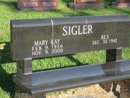 ROBISON SIGLER, MARY KAY - Douglas County, Illinois | MARY KAY ROBISON SIGLER - Illinois Gravestone Photos
