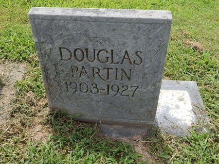 PARTIN, DOUGLAS - Franklin County, Illinois | DOUGLAS PARTIN - Illinois Gravestone Photos