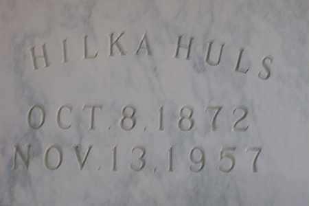 LOURING HULS, HILKA - Hancock County, Illinois   HILKA LOURING HULS - Illinois Gravestone Photos