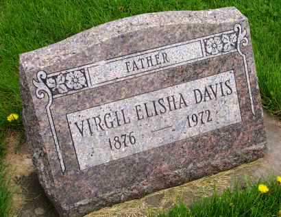 DAVIS, VIRGIL ELISHA - Henderson County, Illinois   VIRGIL ELISHA DAVIS - Illinois Gravestone Photos