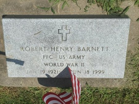 BARNETT (VETERAN WWII), ROBERT HENRY - Jefferson County, Illinois   ROBERT HENRY BARNETT (VETERAN WWII) - Illinois Gravestone Photos