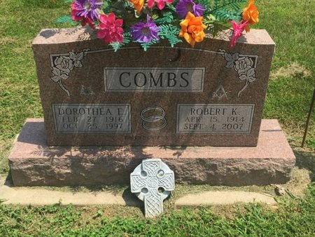 COMBS, DOROTHEA E - Jefferson County, Illinois | DOROTHEA E COMBS - Illinois Gravestone Photos