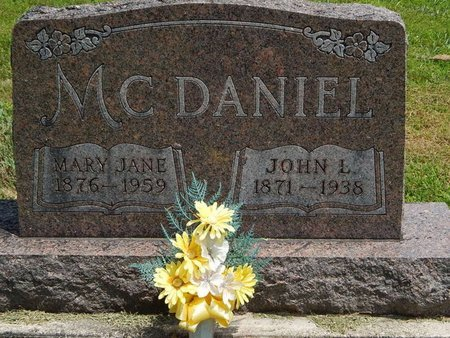 MCDANIEL, MARY JANE - Jefferson County, Illinois | MARY JANE MCDANIEL - Illinois Gravestone Photos