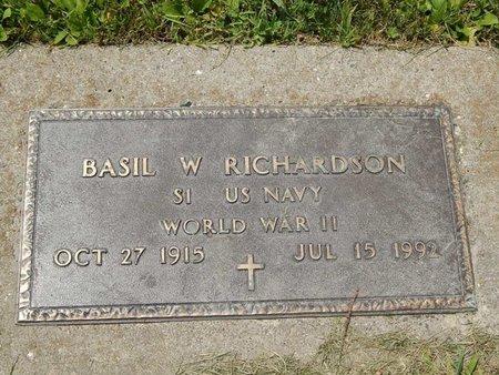 RICHARDSON (VETERAN WWII), BASIL W - Jefferson County, Illinois | BASIL W RICHARDSON (VETERAN WWII) - Illinois Gravestone Photos