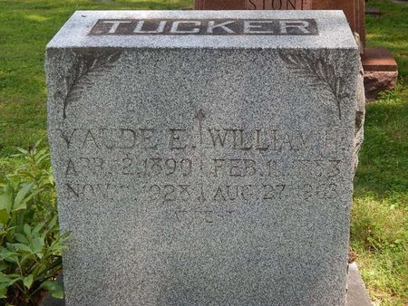 WOODWARD TUCKER, MAUDE E - Jefferson County, Illinois | MAUDE E WOODWARD TUCKER - Illinois Gravestone Photos
