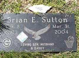 SUTTON, BRIAN E. - Logan County, Illinois | BRIAN E. SUTTON - Illinois Gravestone Photos