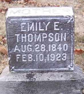 THOMPSON, EMILY ELIZABETH - Marion County, Illinois | EMILY ELIZABETH THOMPSON - Illinois Gravestone Photos