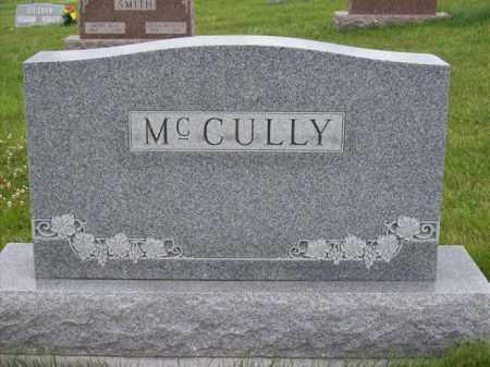 MCCULLY, GLEN & RUTH'S MONUMENT - Marshall County, Illinois   GLEN & RUTH'S MONUMENT MCCULLY - Illinois Gravestone Photos