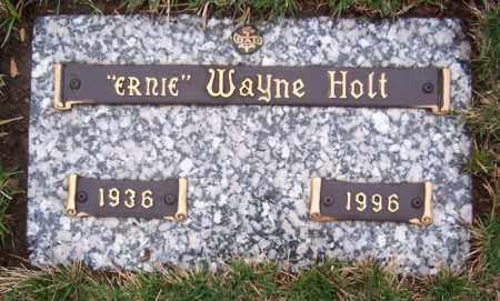 "HOLT, ERNEST WAYNE ""ERNIE"" - Ogle County, Illinois | ERNEST WAYNE ""ERNIE"" HOLT - Illinois Gravestone Photos"