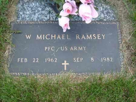 RAMSEY (VETERAN), W MICHAEL (NEW) - Ogle County, Illinois | W MICHAEL (NEW) RAMSEY (VETERAN) - Illinois Gravestone Photos