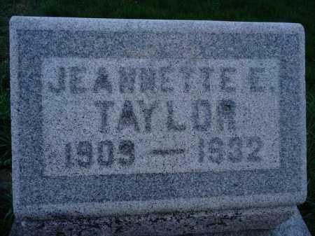 TAYLOR, JEANNETTE E. - Scott County, Illinois   JEANNETTE E. TAYLOR - Illinois Gravestone Photos