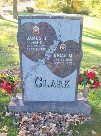 CLARK, BRIAN M - Tazewell County, Illinois | BRIAN M CLARK - Illinois Gravestone Photos