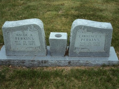 PERKINS, LAWRENCE E. - Whiteside County, Illinois | LAWRENCE E. PERKINS - Illinois Gravestone Photos