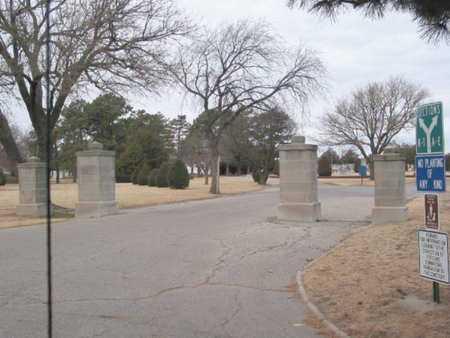 *ENTRANCE,  - Barton County, Kansas    *ENTRANCE - Kansas Gravestone Photos