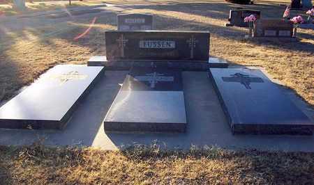 EUSSEN, SISTERS' PLOT - Barton County, Kansas | SISTERS' PLOT EUSSEN - Kansas Gravestone Photos