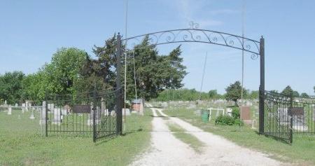 * GATE & OVERVIEW,  - Chautauqua County, Kansas |  * GATE & OVERVIEW - Kansas Gravestone Photos