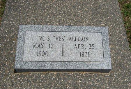 "ALLISON, WILLIAM SYLVESTER ""VES""  (VETERAN WWII) - Cowley County, Kansas   WILLIAM SYLVESTER ""VES""  (VETERAN WWII) ALLISON - Kansas Gravestone Photos"