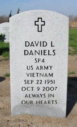 DANIELS, DAVID L (VETERAN VIET) - Cowley County, Kansas   DAVID L (VETERAN VIET) DANIELS - Kansas Gravestone Photos