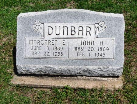 DUNBAR, MARGARET E - Cowley County, Kansas   MARGARET E DUNBAR - Kansas Gravestone Photos