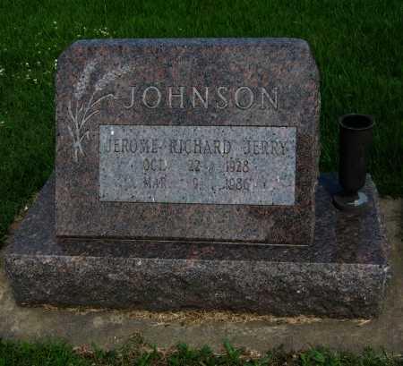 "JOHNSON, JEROME RICHARD ""JERRY"" - Cowley County, Kansas | JEROME RICHARD ""JERRY"" JOHNSON - Kansas Gravestone Photos"
