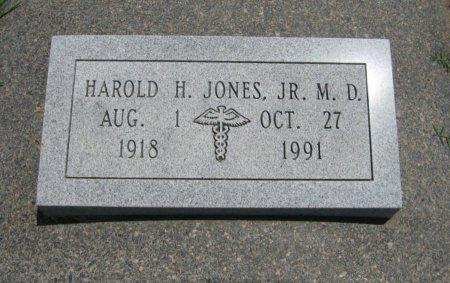 JONES, HAROLD H, JR, M D    (VETERAN WWII) - Cowley County, Kansas   HAROLD H, JR, M D    (VETERAN WWII) JONES - Kansas Gravestone Photos