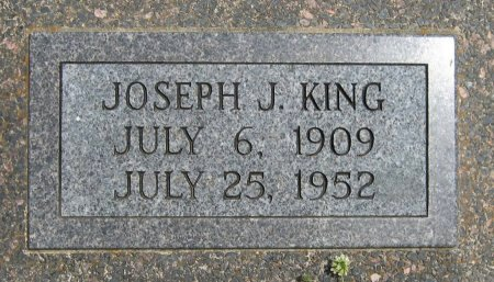 "KING, JOSEPH JOHN ""JOE"" (VETERAN WWII) - Cowley County, Kansas   JOSEPH JOHN ""JOE"" (VETERAN WWII) KING - Kansas Gravestone Photos"