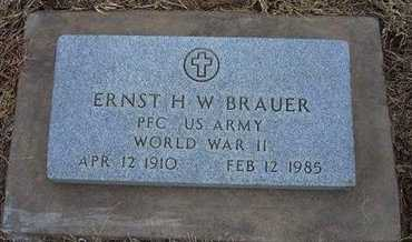 BRAUER, ERNEST H W  (VETERAN WWII) - Ford County, Kansas   ERNEST H W  (VETERAN WWII) BRAUER - Kansas Gravestone Photos