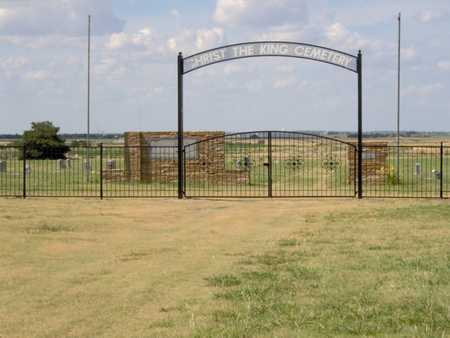 *GATE AND OVERVIEW,  - Ford County, Kansas |  *GATE AND OVERVIEW - Kansas Gravestone Photos